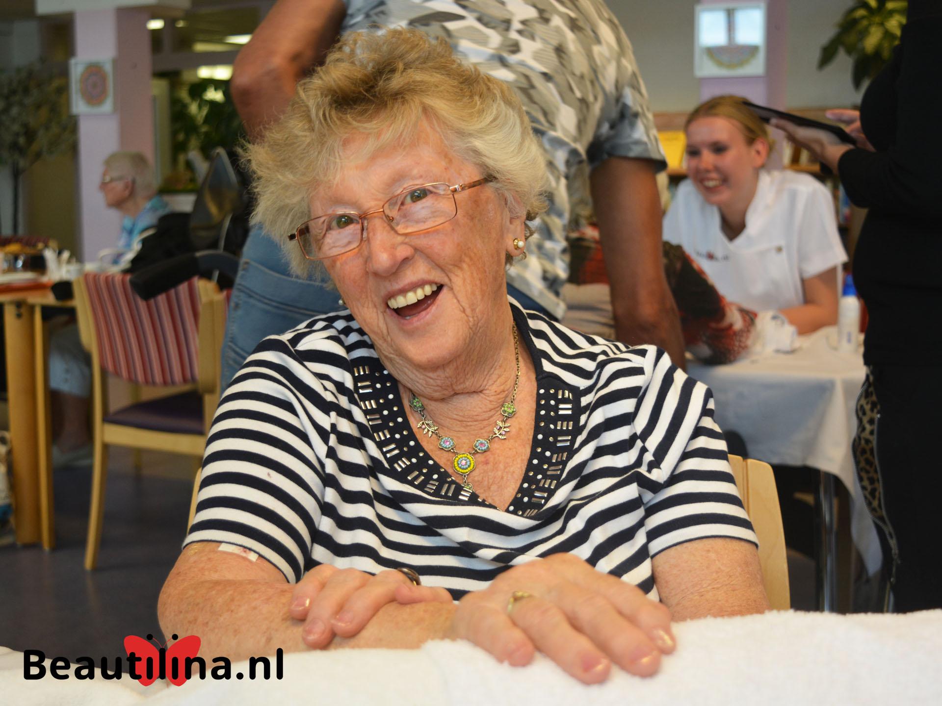 Senioren beautydag bij De Drie Hoven (17-5-2018)