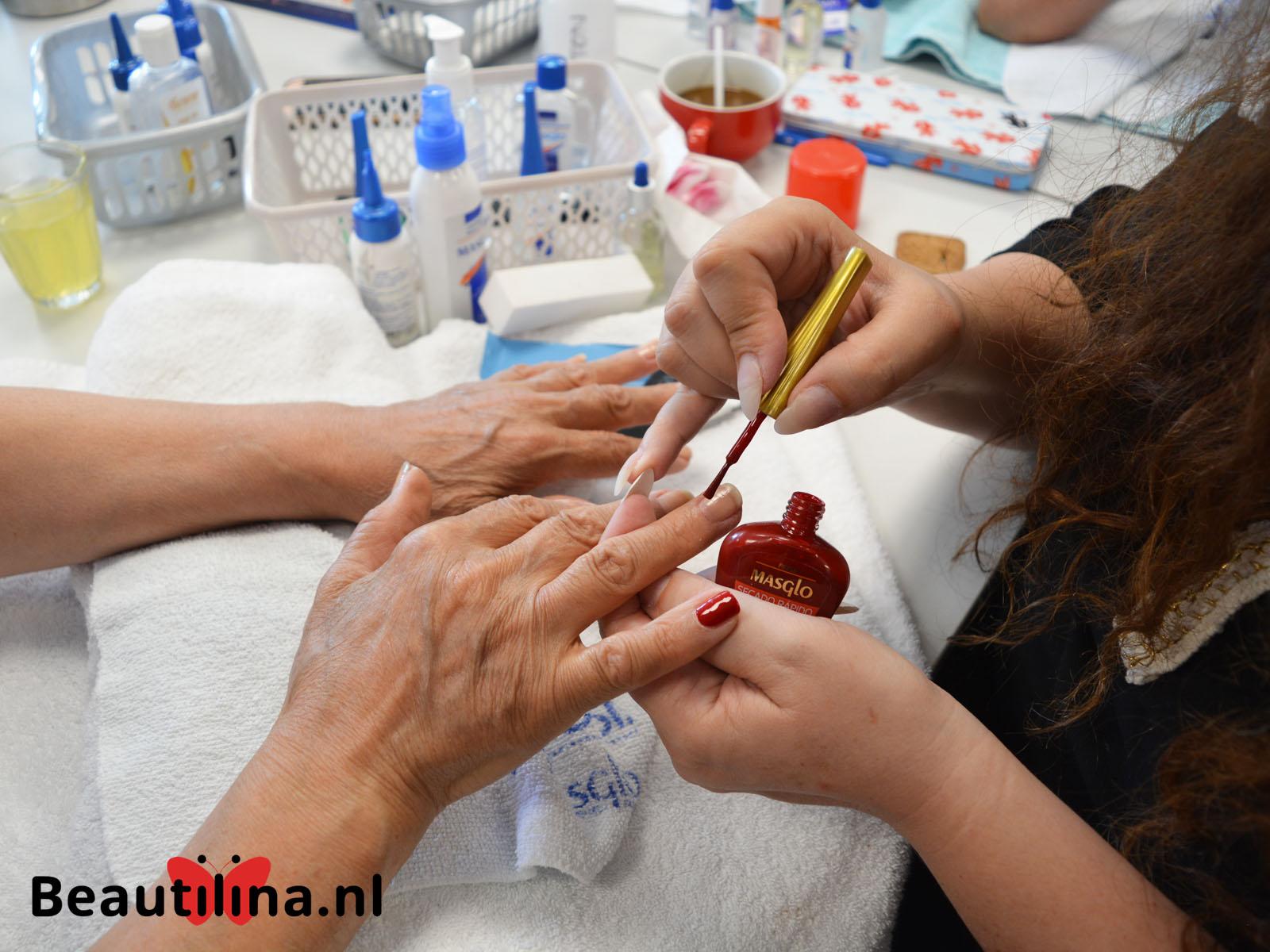 Senioren beautydag bij De Osdorperhof (4-7-2018)